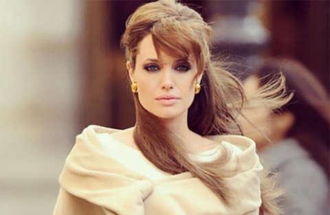 Angelina Jolie parla del divorzio con Brad Pitt su Vanity Fair