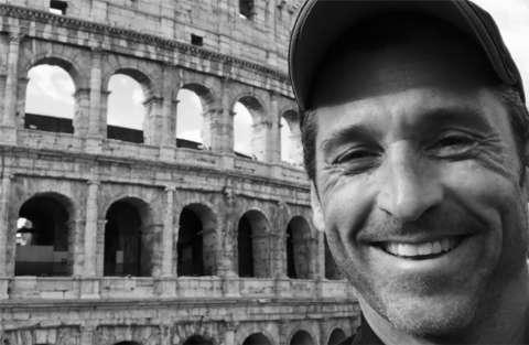 """Caccia al dottor """"stranamore"""", Patrick Dempsey si trova a Roma"""