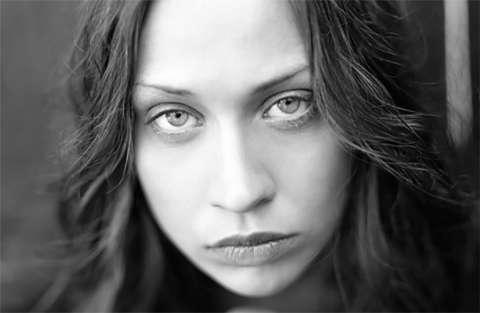 Fiona Apple: video messaggio per Sinead O'Connor