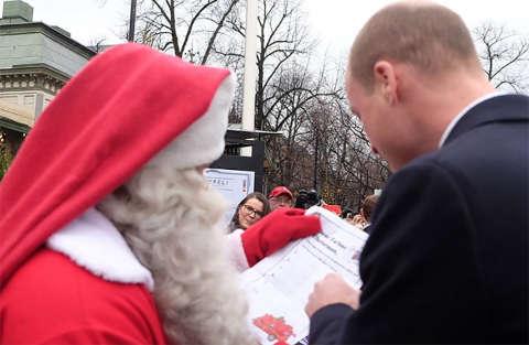 Il principino George ha scritto la lettera a Babbo Natale