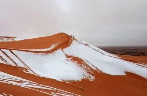 Avete mai visto il deserto innevato? Ve lo mostriamo