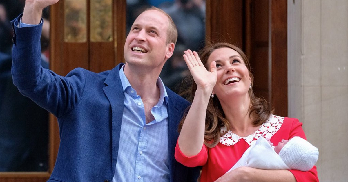L'abito come quello di Diana, l'aspetto radioso: Kate Middleton si mostra dopo il parto