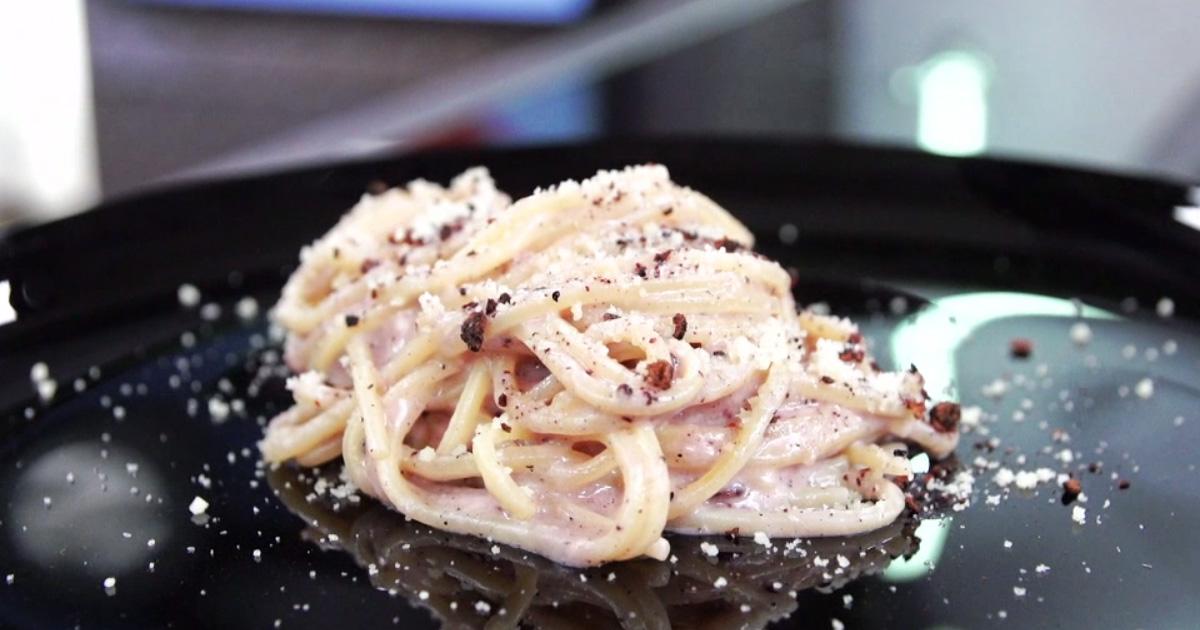 Spaghetti alla chitarra cacio e pepe - Alessandro Borghese Kitchen Sound Choice