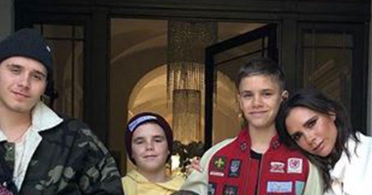 Victoria Beckham festeggia il compleanno con una foto con i figli