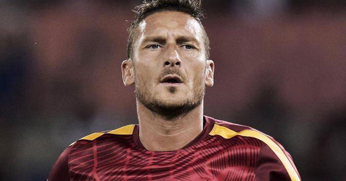 Arriva il busto per Totti