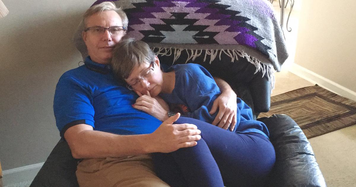 La foto che ha commosso il mondo: uniti nonostante l'Alzheimer