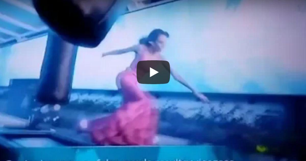 Paura durante Miss Universo: la passerella tra i sacchi della boxe e la caduta