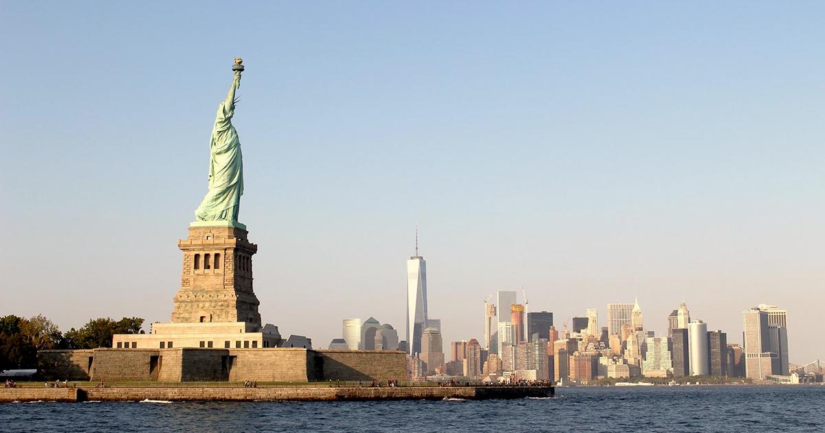 Vive e lavora a New York e vince la green card: ma decide di tornare in Italia