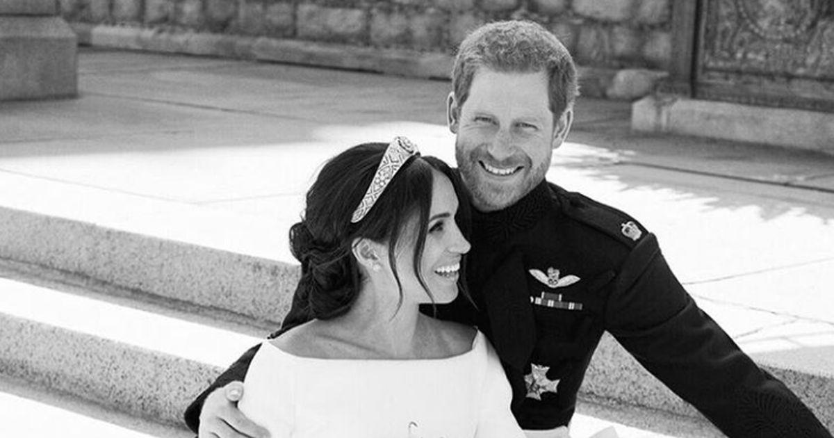 Harry e Meghan: il segreto del sorriso dietro la foto del matrimonio