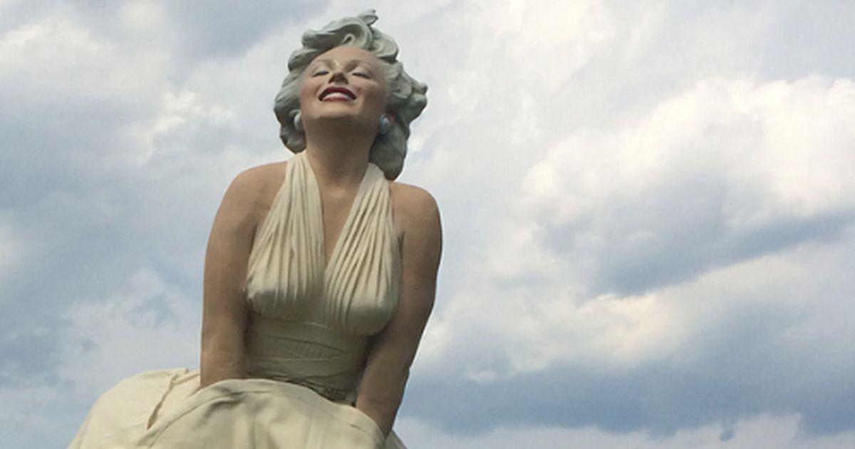 La statua della discordia: ecco dove hanno posato la statua di Marilyn...