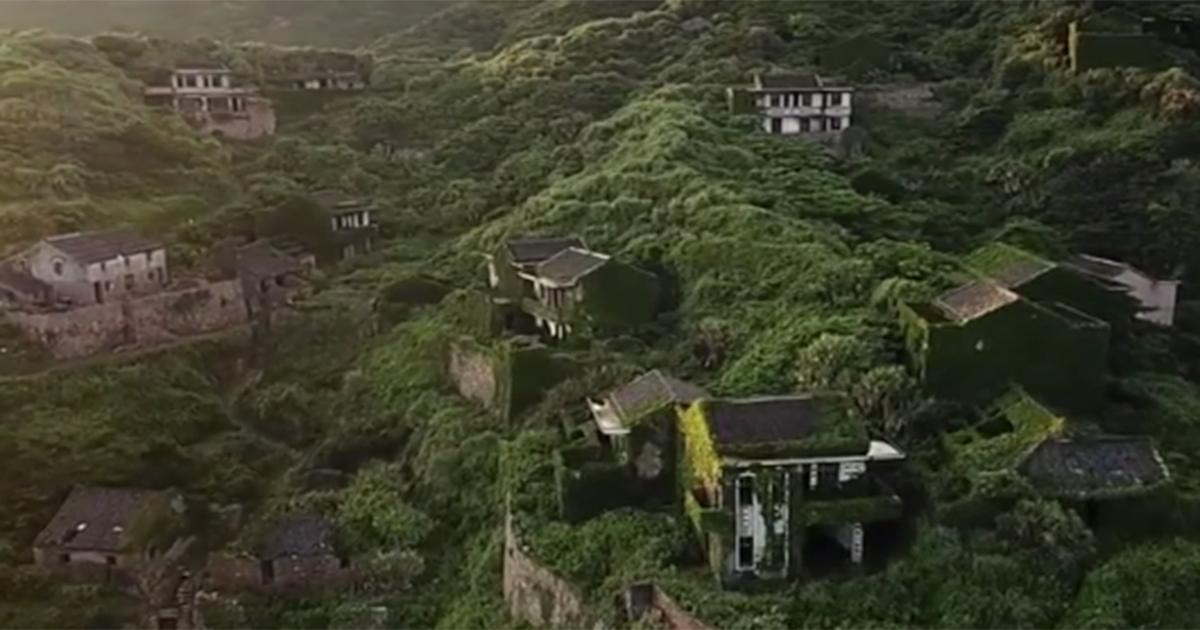 Così la natura ha riconquistato il villaggio che apparteneva ai pescatori