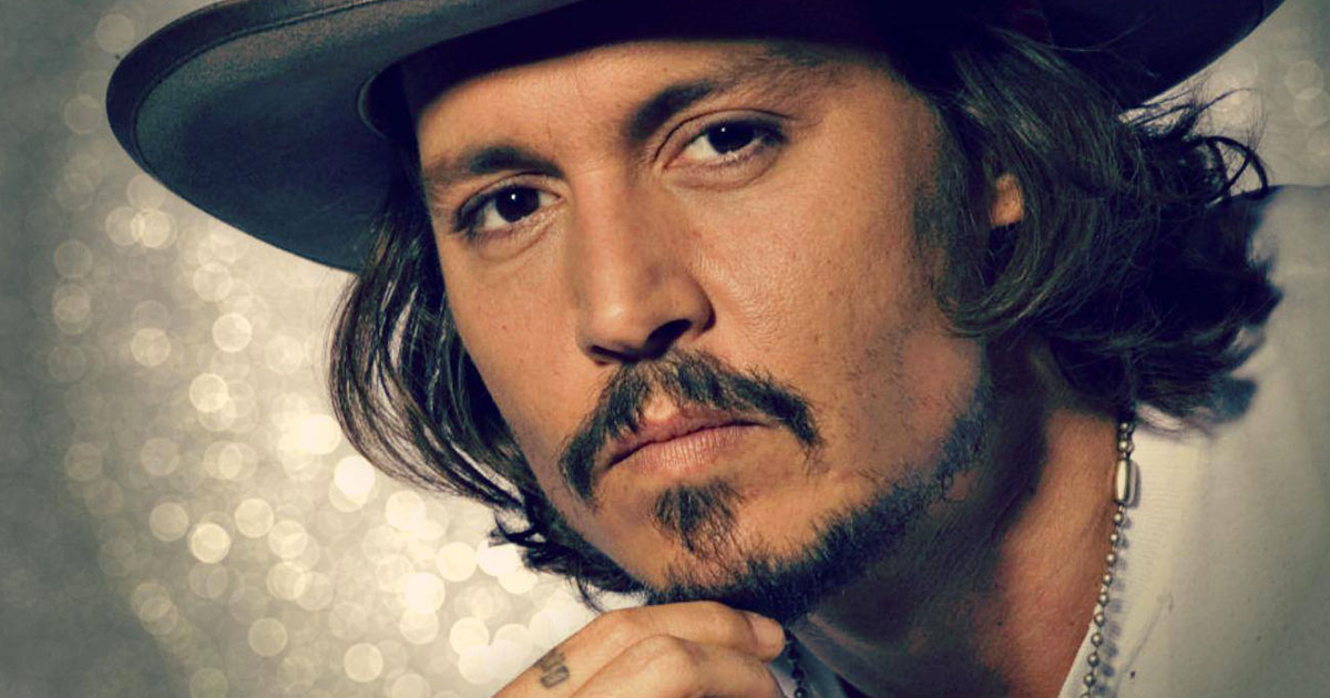 Johnny Depp cambia di nuovo look e i fan non lo riconoscono