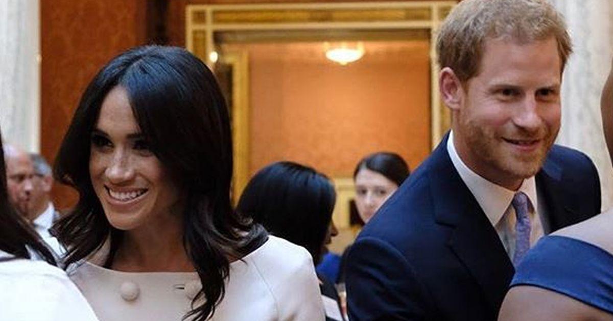 Harry e Meghan non si prendono per mano quando c'è la Regina: perché?