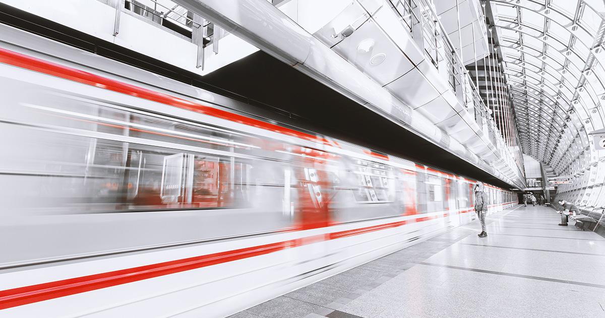 Cina: il treno superveloce che rivoluziona i trasporti
