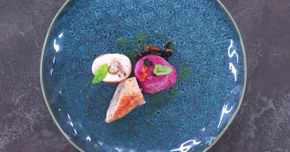 Sorbetto di rapa rossa con scorzetta di arancia e rollè di galletto - Alessandro Borghese Kitchen Sound Ice Cream