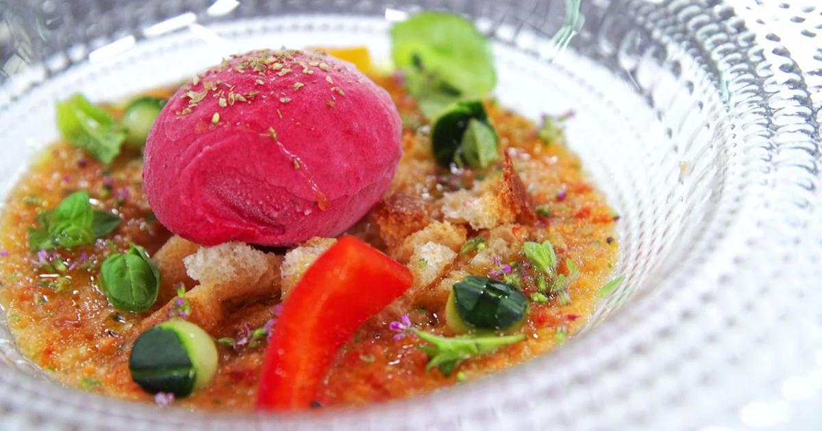 Sorbetto barbabietola e origano con gaspacho di frutta e verdura - Alessandro Borghese Kitchen Sound Ice Cream