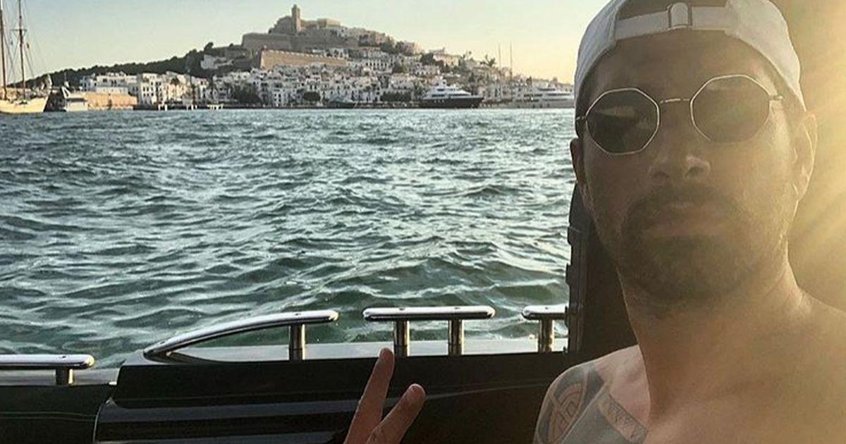 Borriello: casa e lavoro a Ibiza, fan scatenati sui social