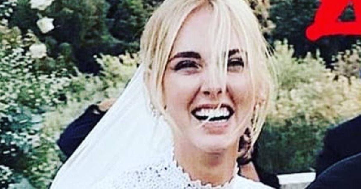 Il photobombing di Malgioglio vince sul matrimonio dell'anno