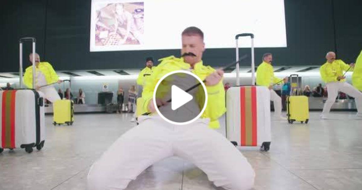 Musical improvvisato in aeroporto: gli addetti ai bagagli omaggiano Mercury