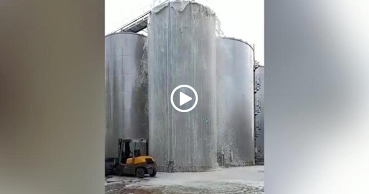 Salta il tappo del silos: per terra finiscono 30mila litri di prosecco