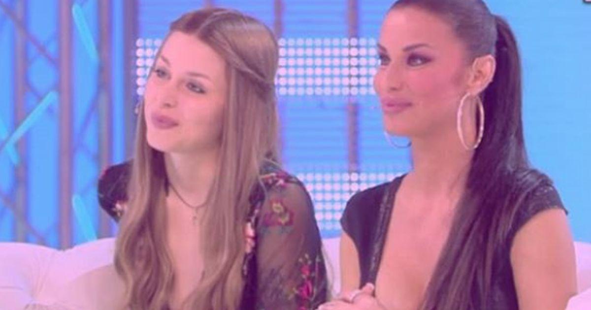 Asia Nuccetelli, la figlia di Antonella Mosetti, sempre più irriconoscibile