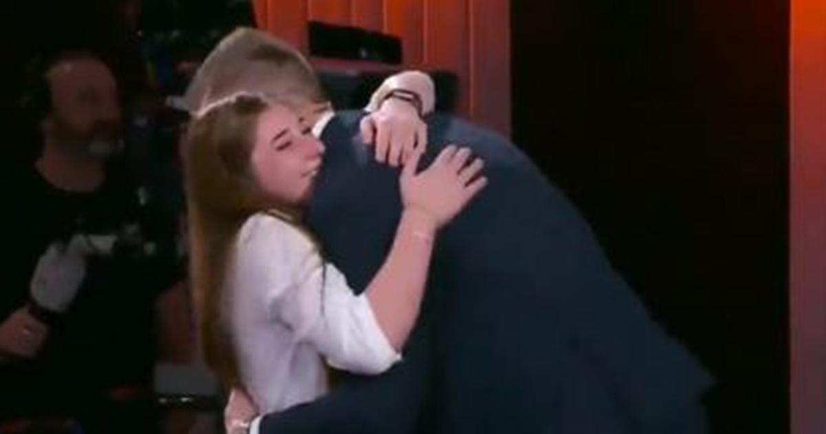 Zaytsev incontra la tifosa famosa per la 'proposta di matrimonio'