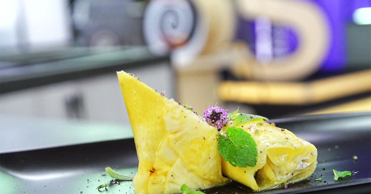 Rolls di ananas con caprino - Alessandro Borghese Kitchen Sound Rolls
