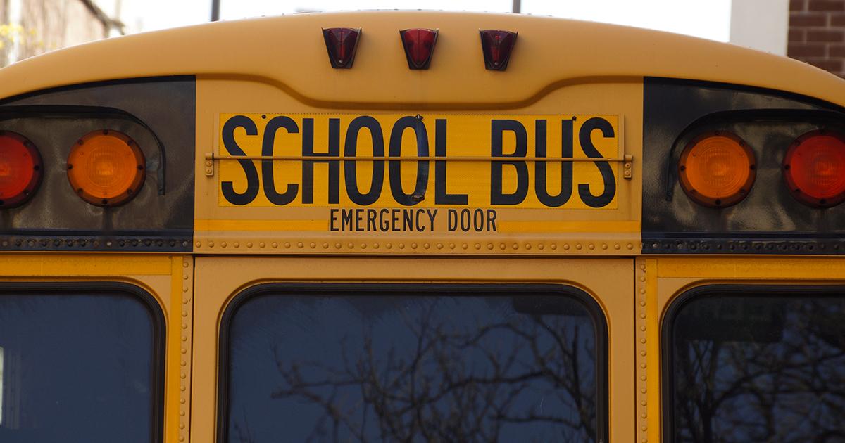 Fuga d'amore a 9 anni, bambino va dall'amichetta con l'autobus