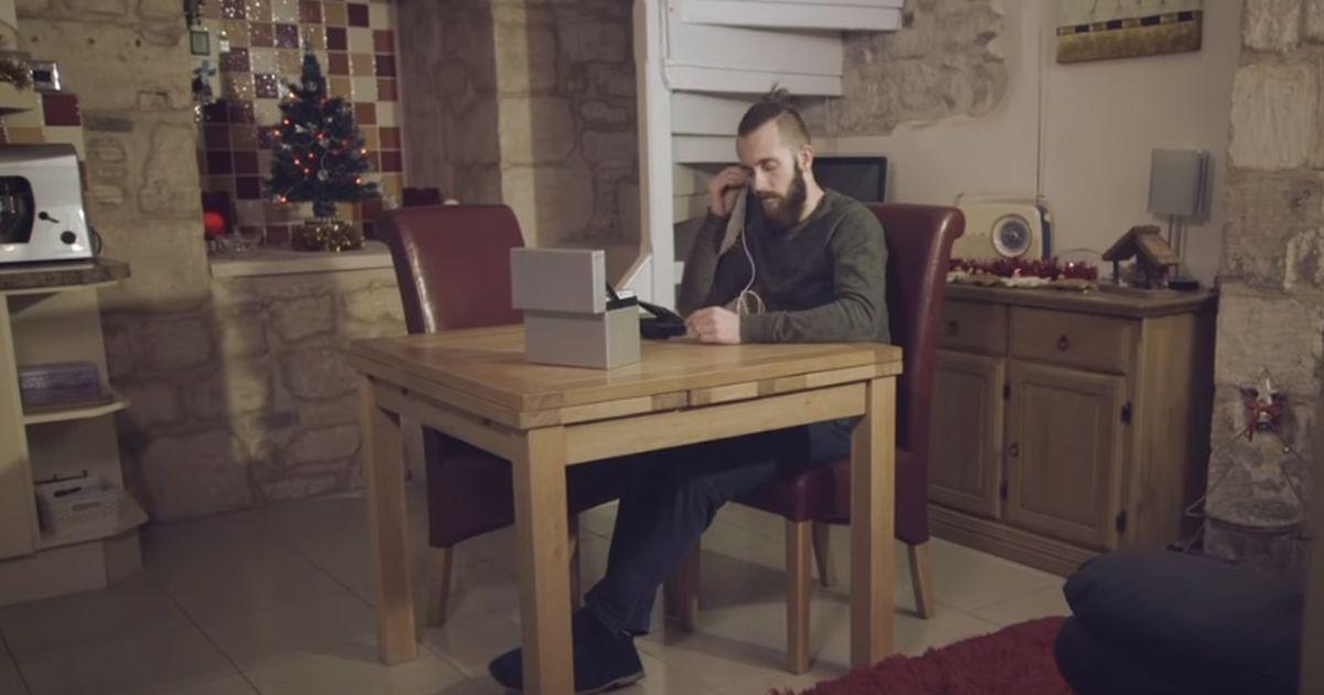Il video più amato di Natale è costato solo 50 euro e ha commosso tutti