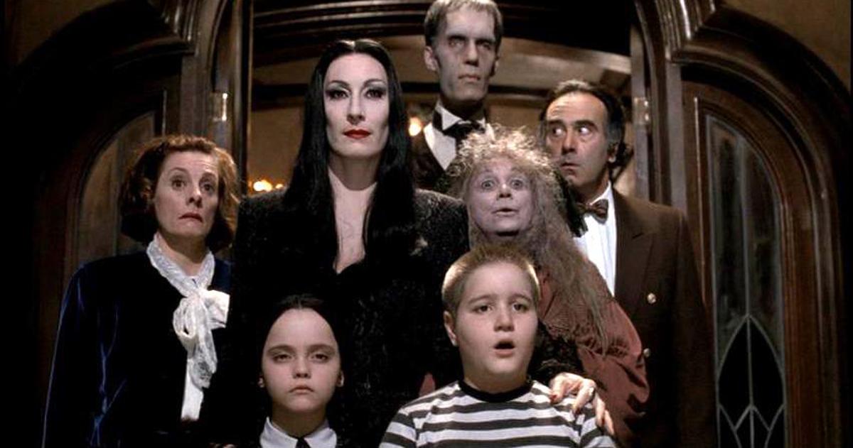 La famiglia Addams: dove sono finiti gli attori del film?