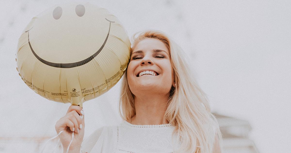 Una donna adulta è più felice di una ragazza: lo dice la ricerca