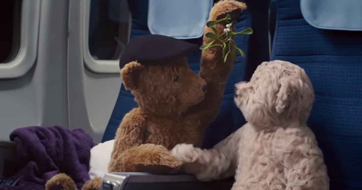 Lo spot di Natale è commovente: e la coppia di orsetti torna finalmente a casa