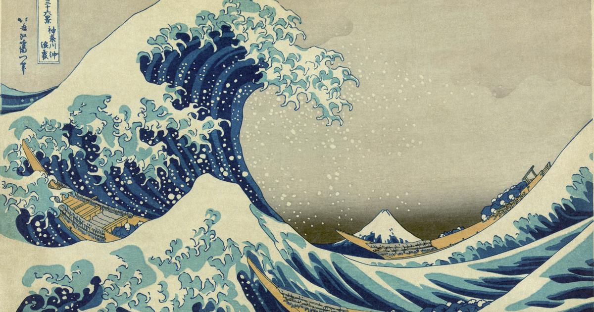 La grande onda di Kanagawa diventa un gigantesco murales sulle facciate dei palazzi di Mosca