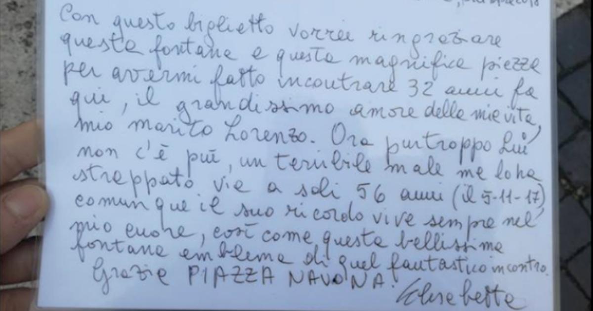 Biglietto commovente a Piazza Navona: 'Qui ho conosciuto l'amore della mia vita, che ora...'