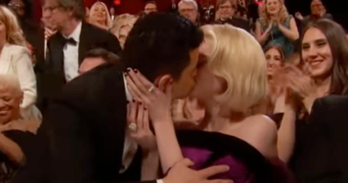Rami Malek: con l'Oscar c'è la dedica d'amore all'amata Lucy Boynton