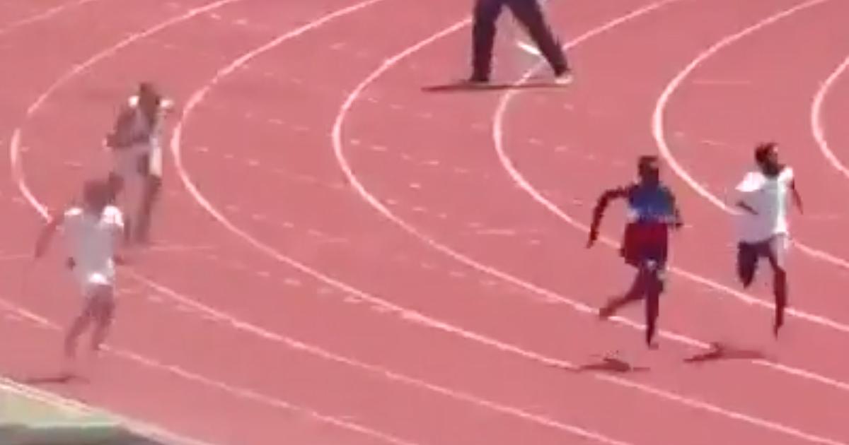 Undicenne cade alla partenza dei 100 metri: non si arrende e vince
