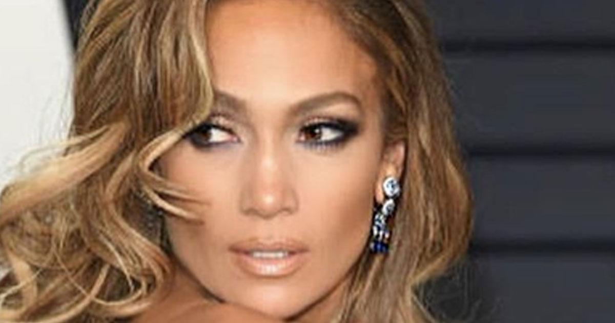 Jennifer Lopez e Alex Rodriguez si sposano: ecco l'anello di diamanti