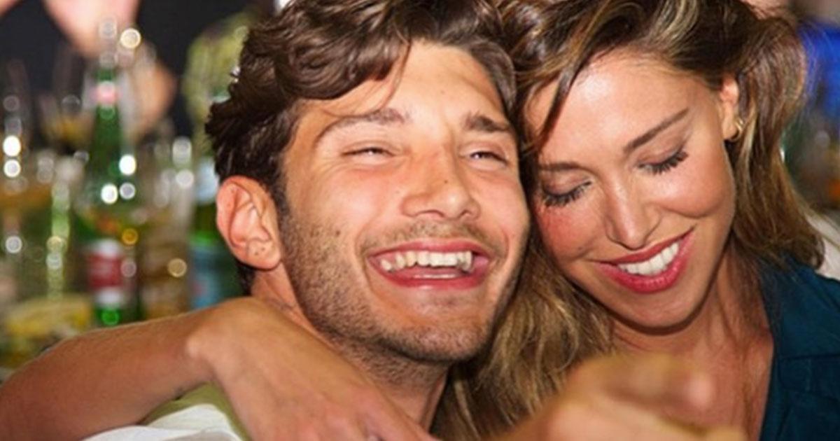 Belén Rodriguez e Stefano De Martino di nuovo insieme: le foto dei baci