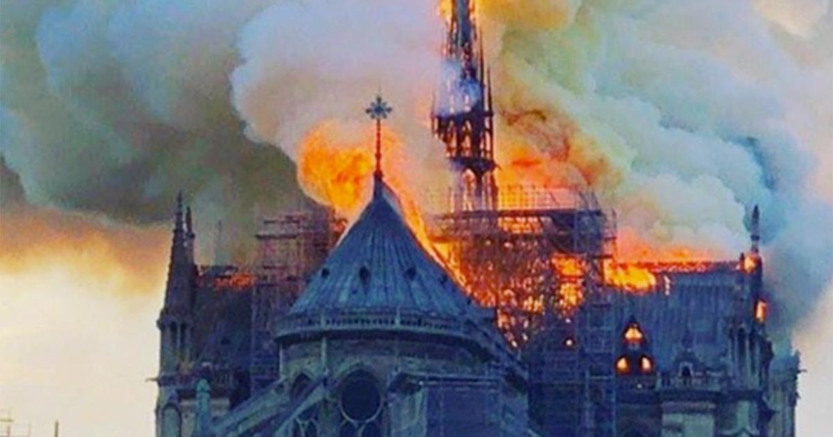 Notre Dame: domato l'incendio ecco la cattedrale vista dall'interno