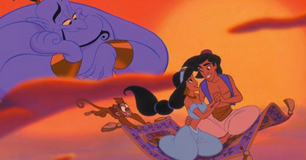 Come Aladdin ma a Venezia: un uomo va in tappeto volante sul Canal Grande