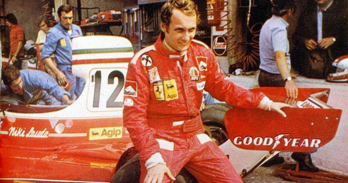 Niki Lauda sarà sepolto con la sua tuta della Ferrari
