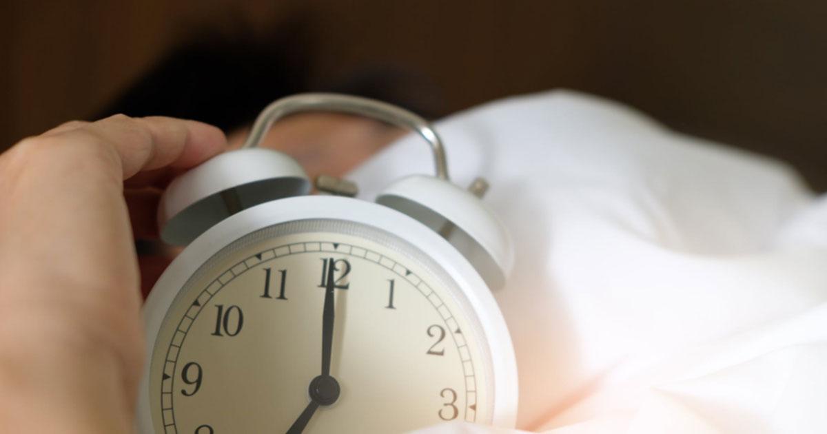 5 'trucchi' per svegliarsi presto la mattina