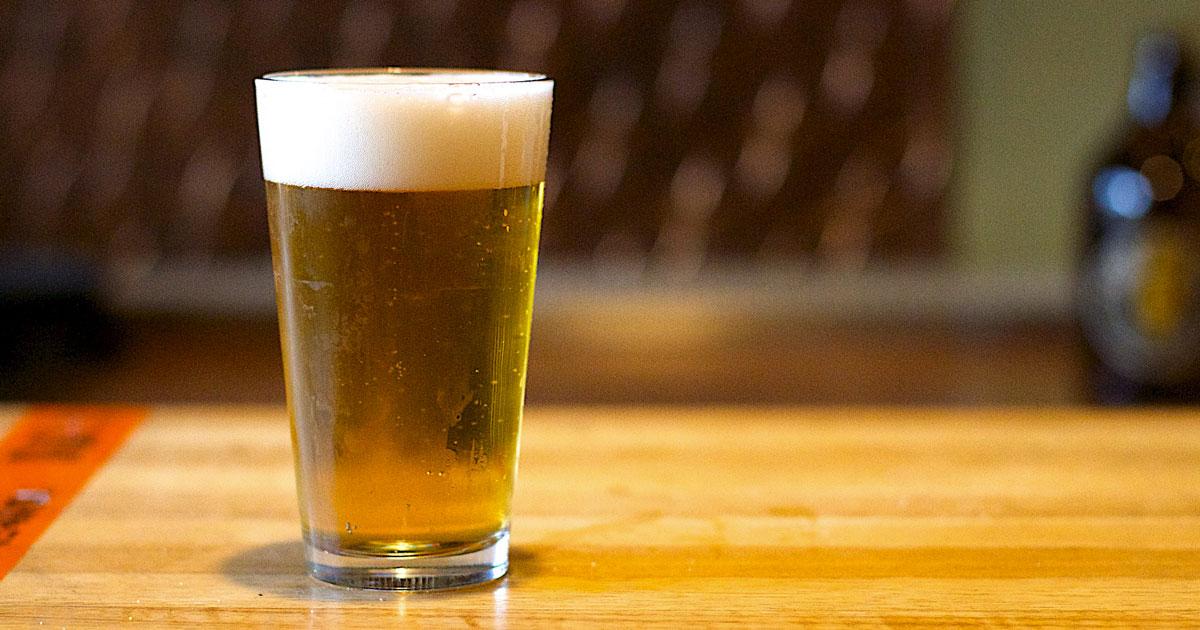 La birra aiuta a combattere la depressione: ecco quanta ne potete bere a settimana