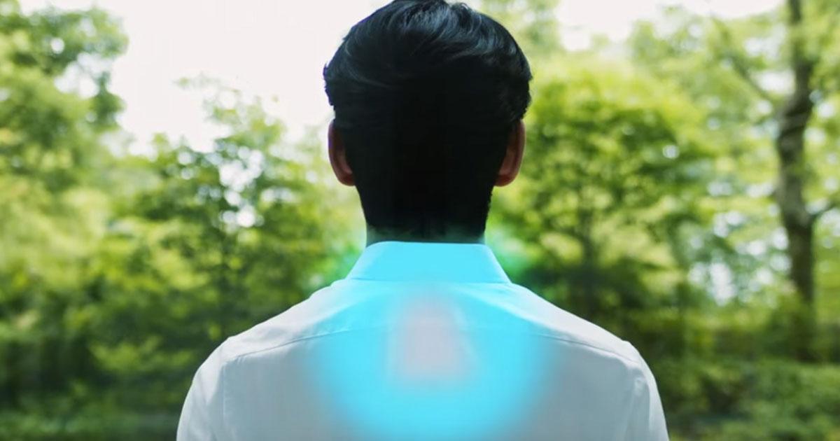 Il rimedio contro il caldo: hanno inventato la maglietta con l'aria condizionata