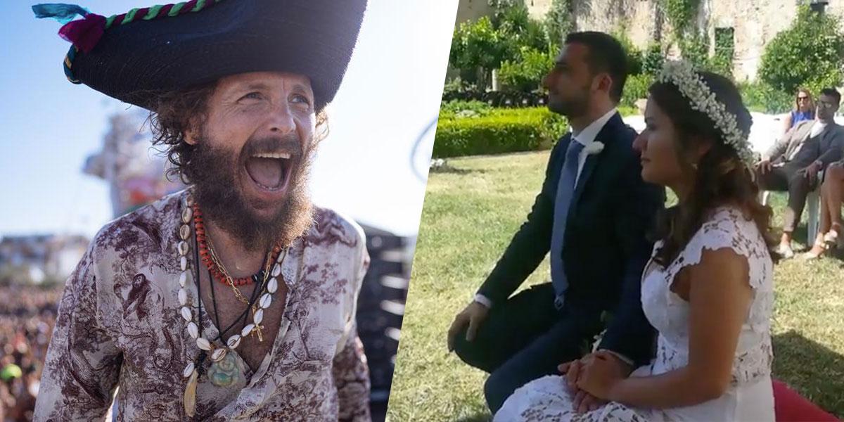 """Jovanotti canta """"A te"""" ai due sposini di Vasto: ecco il video"""