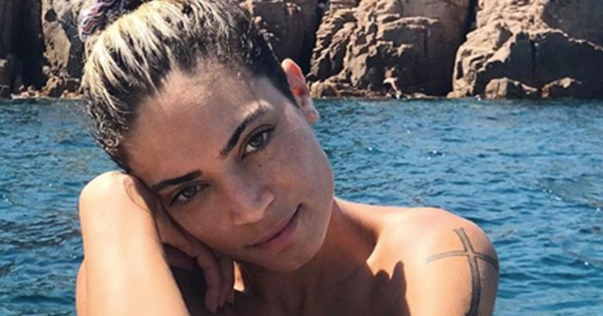 Elodie senza veli: lo scatto al mare incanta i fan
