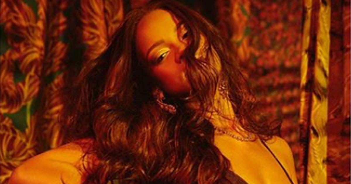 Rihanna: le nuove foto in intimo scatenano i fan di Instagram