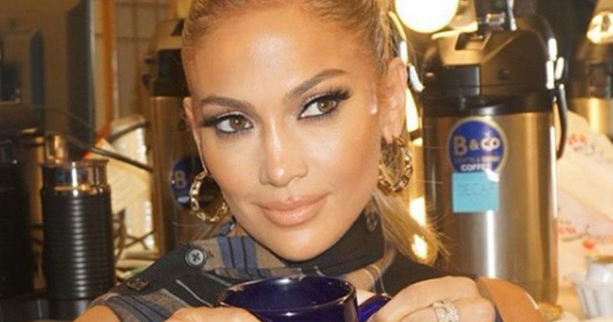 Ecco come Jennifer Lopez si allena: il suo workout è sensualissimo