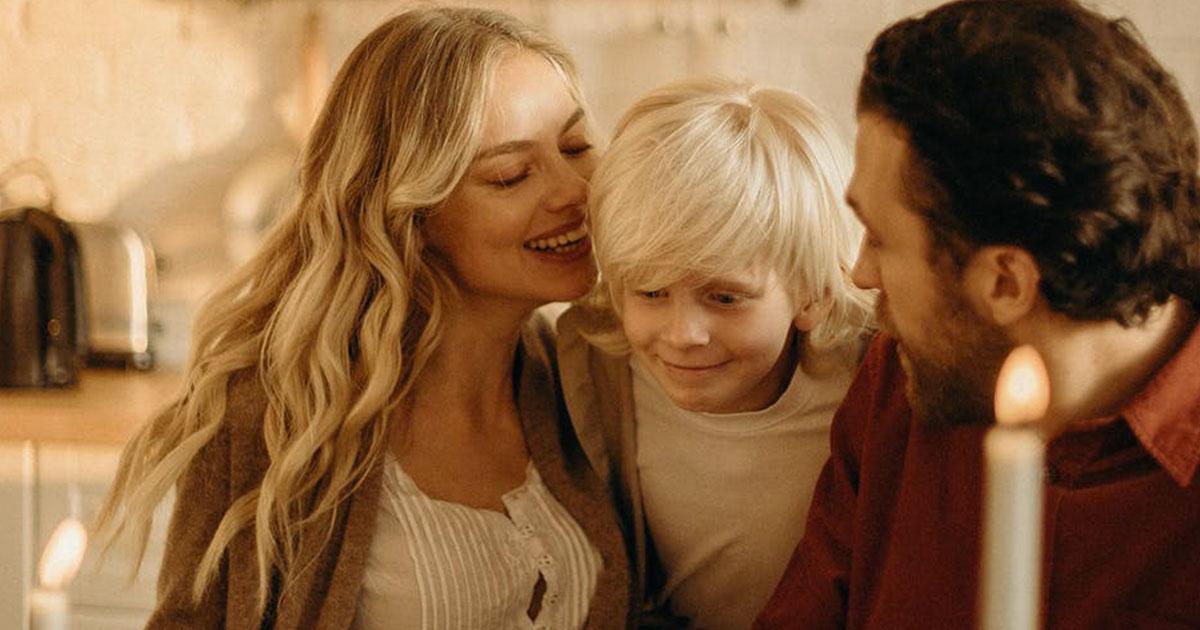 'Bastava chiedere': il carico di lavoro 'mentale' delle mamme spiegato ai papà