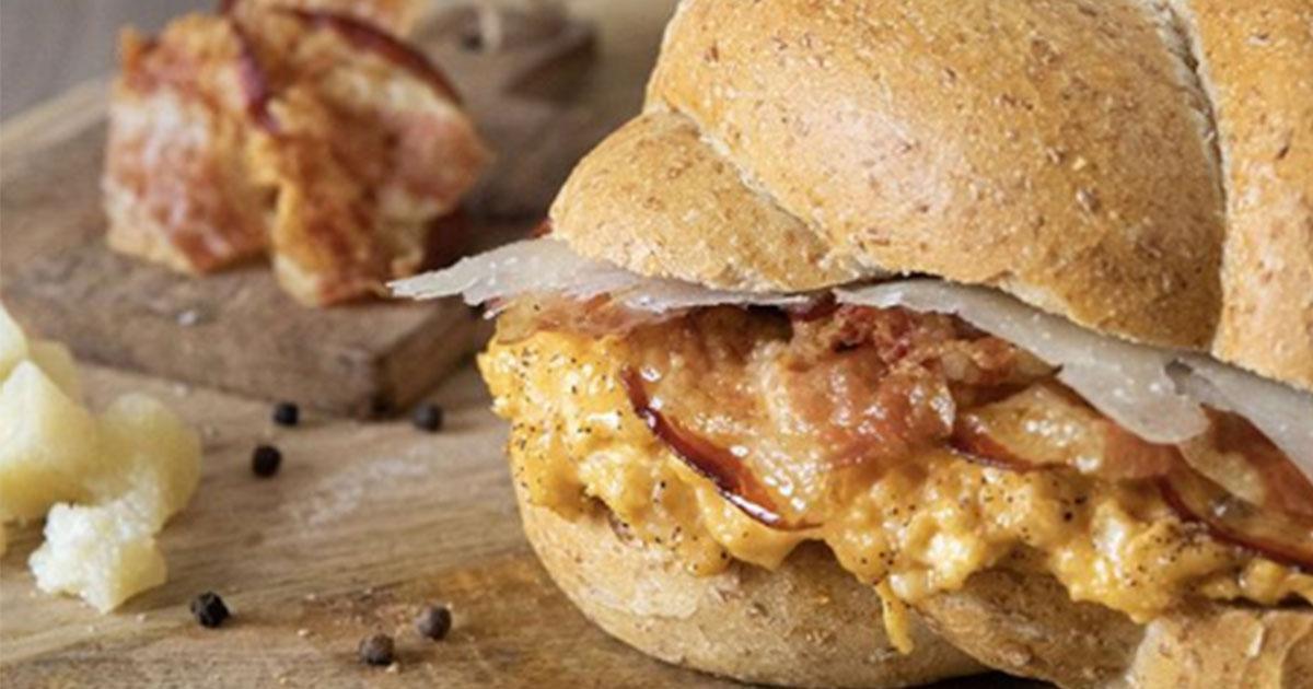Il panino alla carbonara: la ricetta del salumificio trasformerà casa vostra nel miglior fast food del mondo